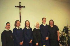 majka-i-postulantice